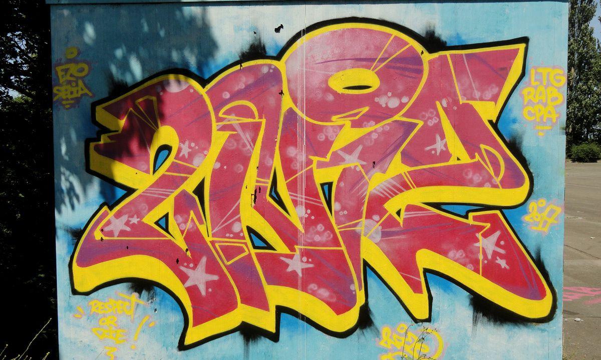 Street Art : Graffitis & Fresques Murales 22278 Saint Brieuc