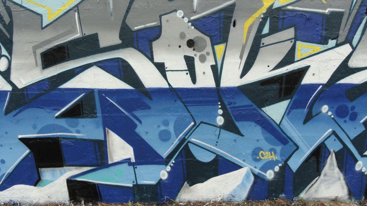 Street Art : graffitis & Fresques Murales 17028 Aytre