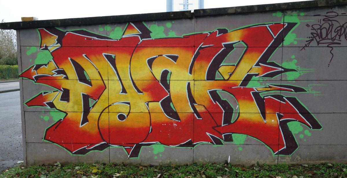 Street Art : Graffitis & Fresques Murales 62193 Calais