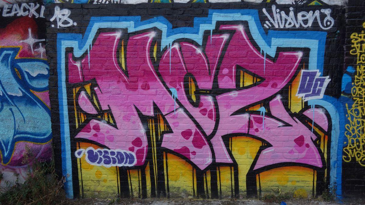 Street Art : Graffitis & Fresques Murale 93048 Montreuil