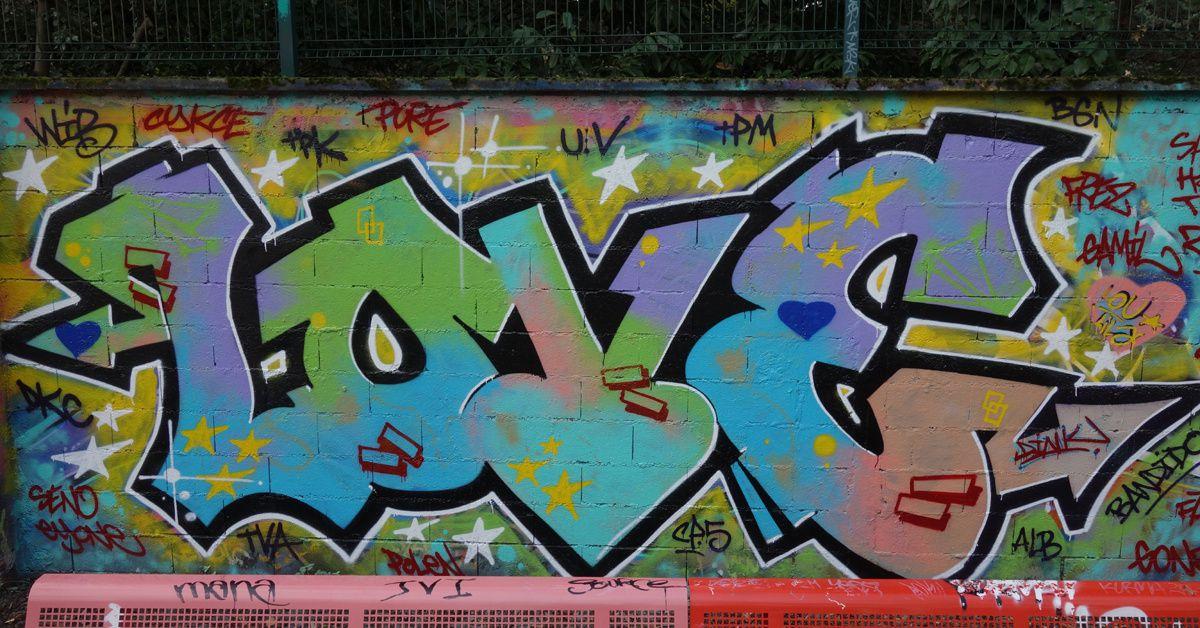 Street Art : Graffitis & Fresques Murales 93048 Montreuil