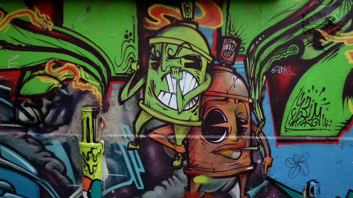 Street Art : Graffitis & Fresques Murales  91521 Ris Orangis