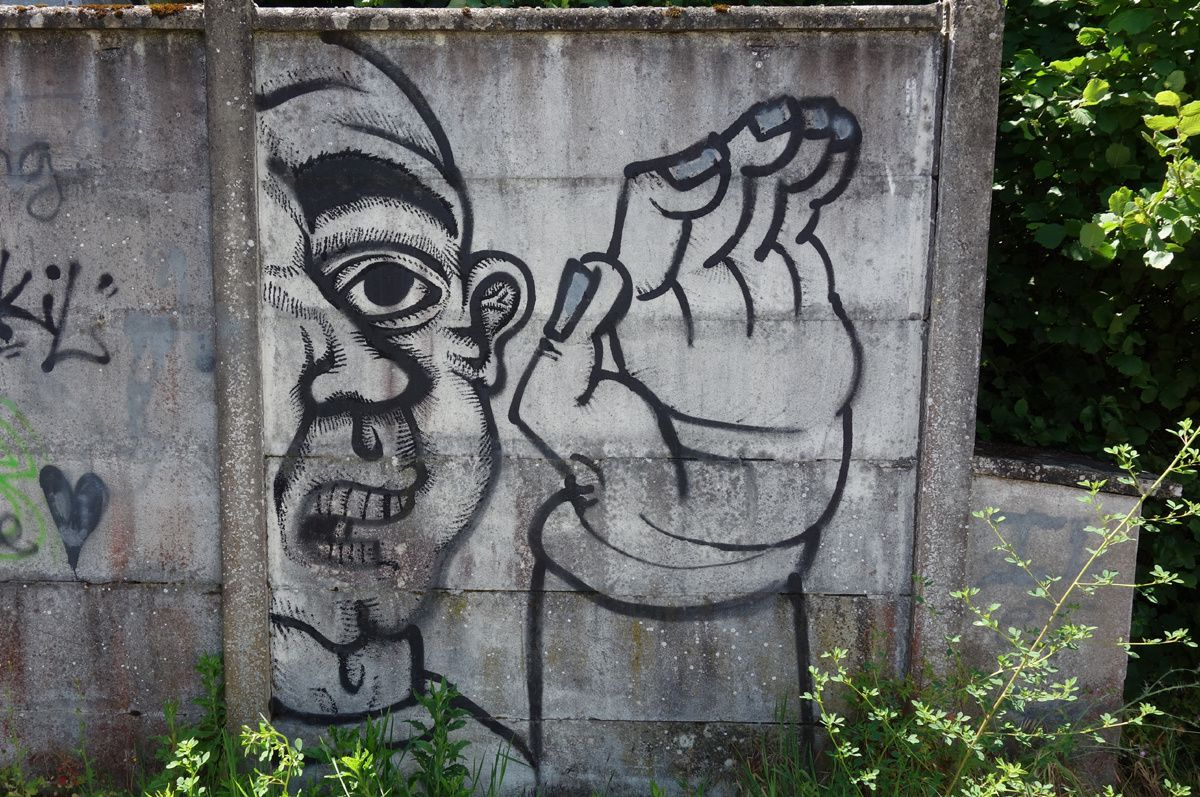 Street Art : Graffitis & Fresques Murales 33075 Bruges