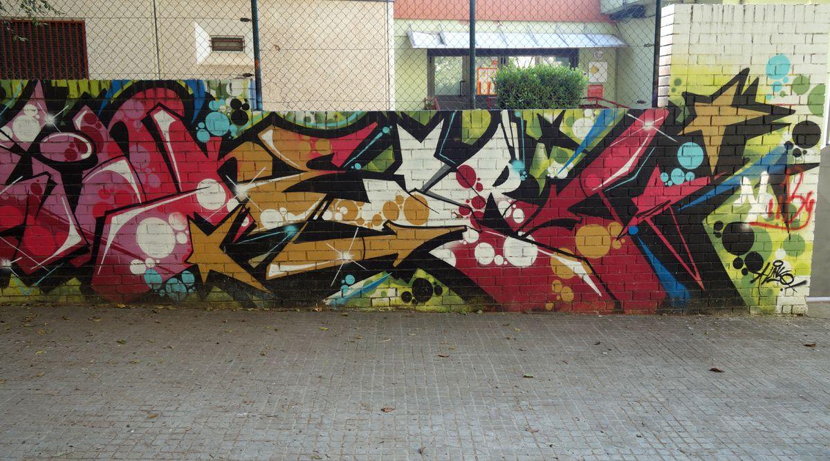Street Art : Graffitis & Fresques Murales 08220 Terrassa (Catalunya)