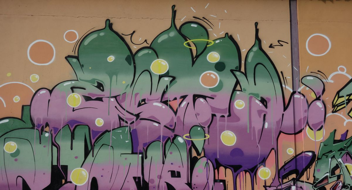 Street Art : Graffitis & Fresques Murales 6702 Claro(Tessin Suisse)