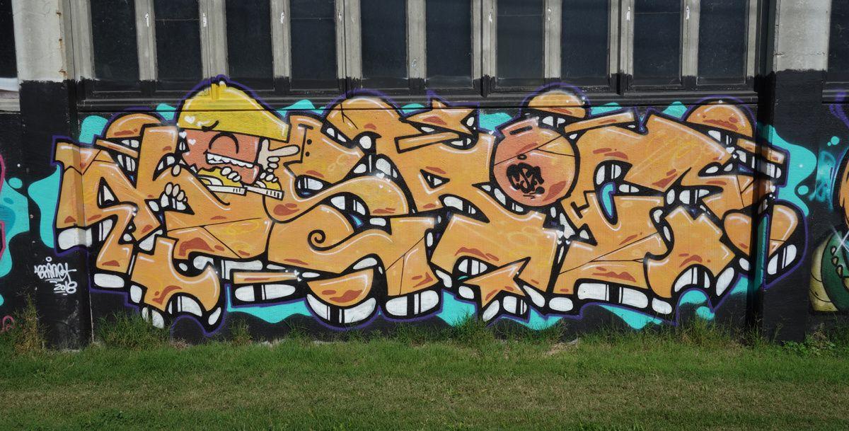 Street Art : Graffitis & Fresques Murales 6596 Gordola(Tessin Suisse)