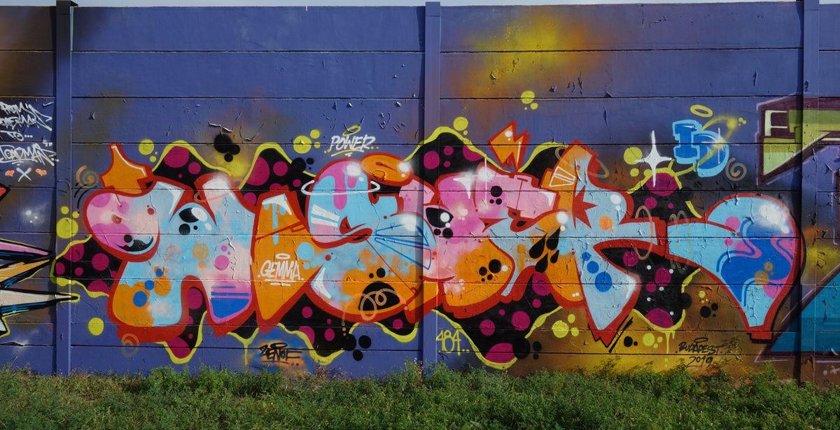 Album - Graffitis Hongrie Tom 001