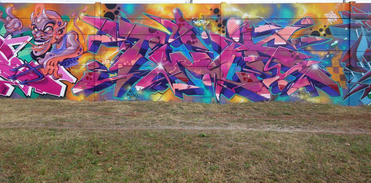 Street Art : Graffitis & Fresques Murales 1185 Budapest ( Hongrie )