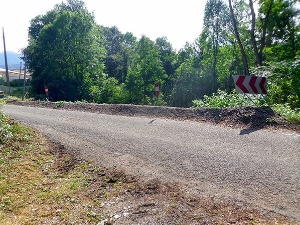 Une paroi clouée va être réalisée pour stabiliser la chaussée. Photo CD09