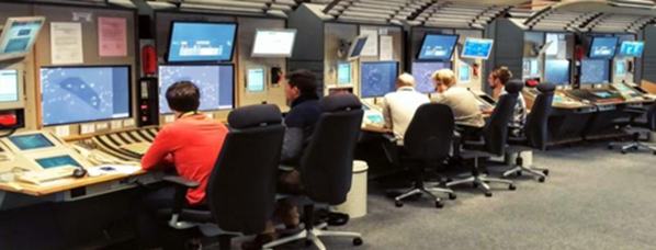 Reims UAC: operations room with the new CWP displays supporting the 4Me system.