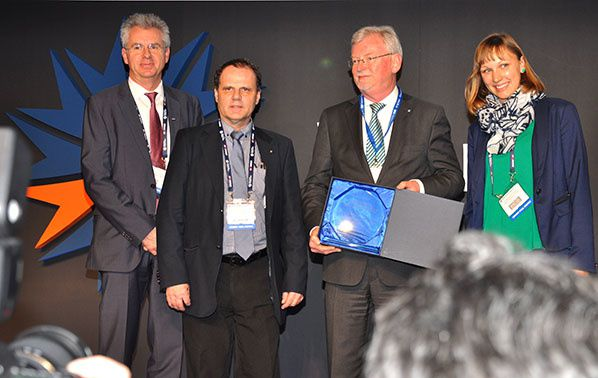 "SESAR project honoured for ""green"" flight descents across Europe"
