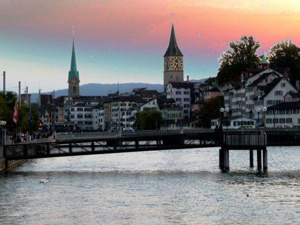 eglise clocher coucher soleil suisse
