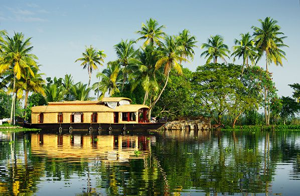 houseboat in the backwaters of Kerala © jool-yan