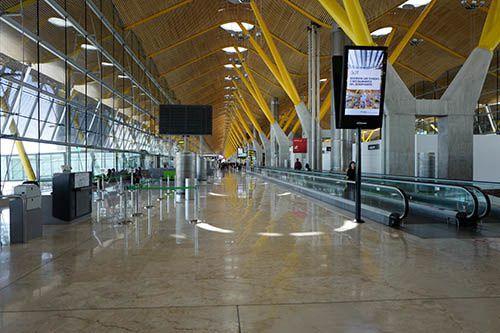 termibal 4 airport madrid barajas spain