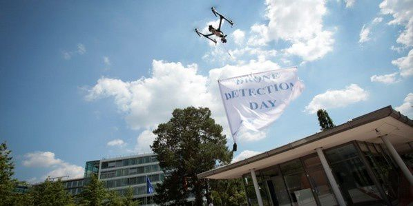Copyright DFS Deutsche Flugsicherung and Deutsche Telekom cooperate drone detection day