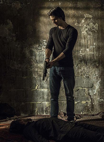 taylor kitsch american assassin