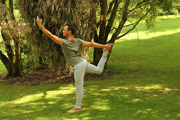Julien Levy yoga hotel resort  royal evian haute savoie