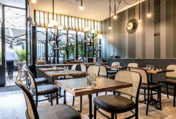 petit dejeuner hotel boeuf couronne paris gourmand genereux