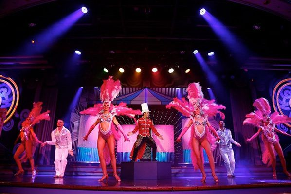 Star Cruises show exhibition entertaiment asia chinese