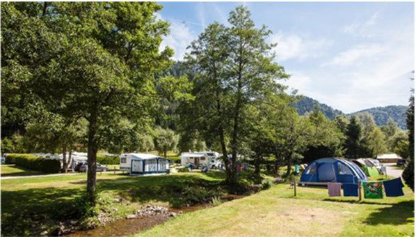flower camping occitanie reseau franchise