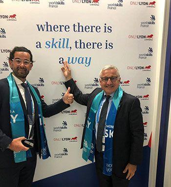 De g à d : Samuel Minot, président de BTP Rhône et Métropole et Philippe Lansard, président de la commission régionale formation de la Fédération régionale du Bâtiment Auvergne-Rhône-Alpes