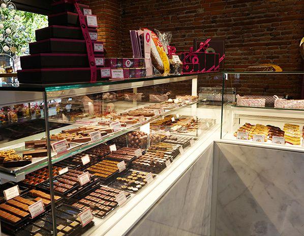 Boutique historique Maison Pillon chocolat patisserie