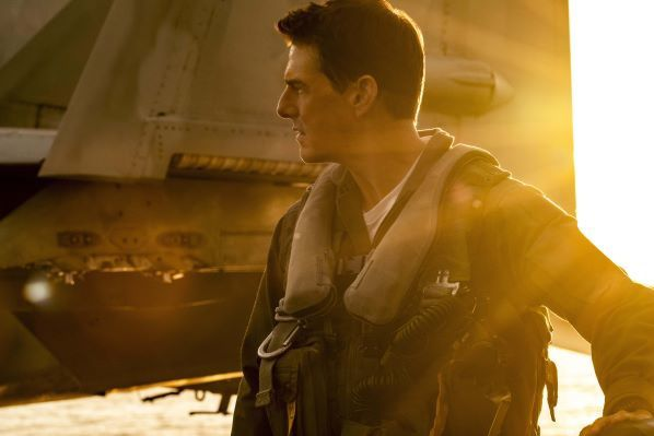 photo  top gun maverick tom cruise