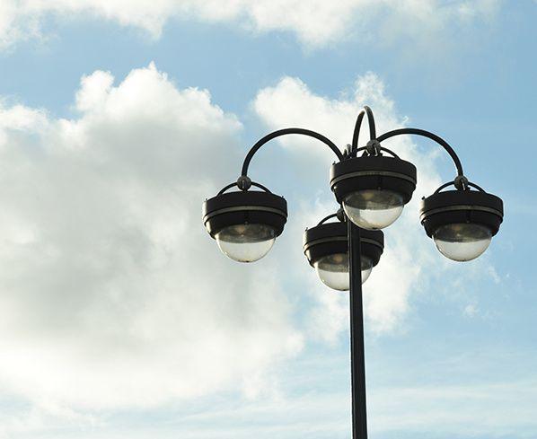 reverbere lampadaire eclairage public paris