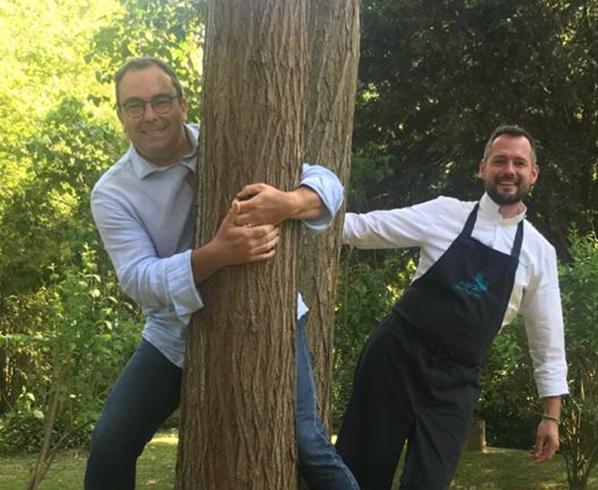 Bernieshoot Steeve Broutin Cofondateur Président Rapidle à gauche Chef David Gallienne restaurant le Jardin des Plumes à droite