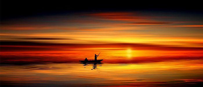 ...Fugace, en cet instant où le jour passe et meurt / Il est une espérance intangible en l'éther...