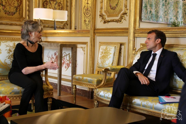 Lors de l'entretien à l'Elysée le 24 juilletdernier, le courant est bien passé entre Brigitteet le Président Macron actuellement en vacances au fort de Brégançon. Photo ©Fondation Brigitte Bardot)