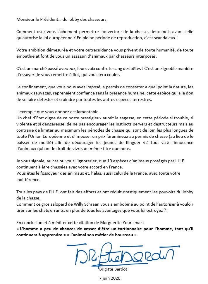 """Macron, le """"fossoyeur des animaux"""": Bardot dénonce l'ouverture anticipée de la chasse"""