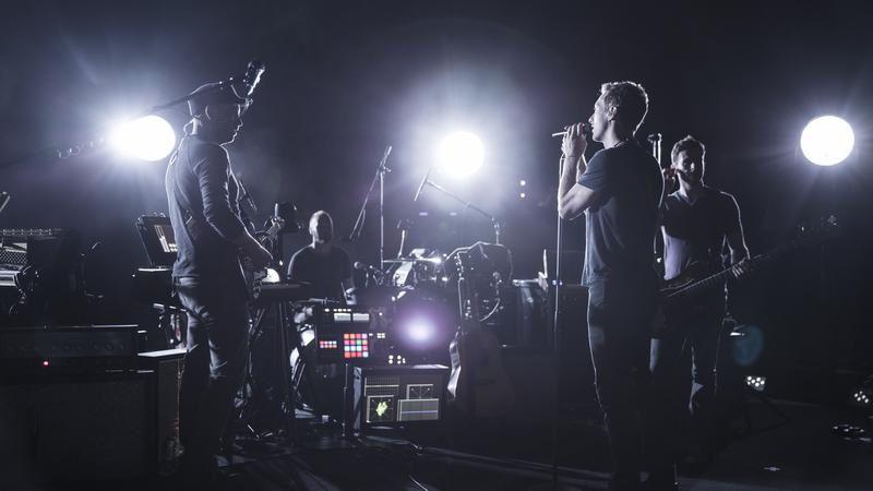 Teaser vidéo du concert de Coldplay diffusé sur France 2 jeudi.
