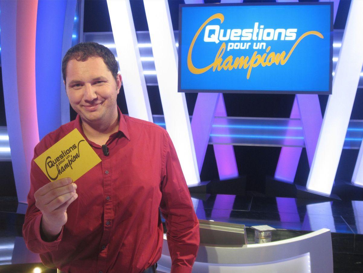 Il remporte la plus grosse cagnotte de Questions pour un champion !