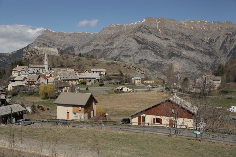 Echappées Belles dans le Sud du massif alpin le 9 mai sur France 5.