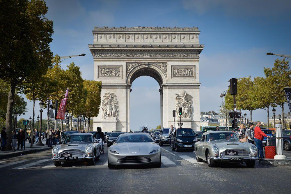 Automoto spécial véhicules de James Bond ce dimanche (extrait).