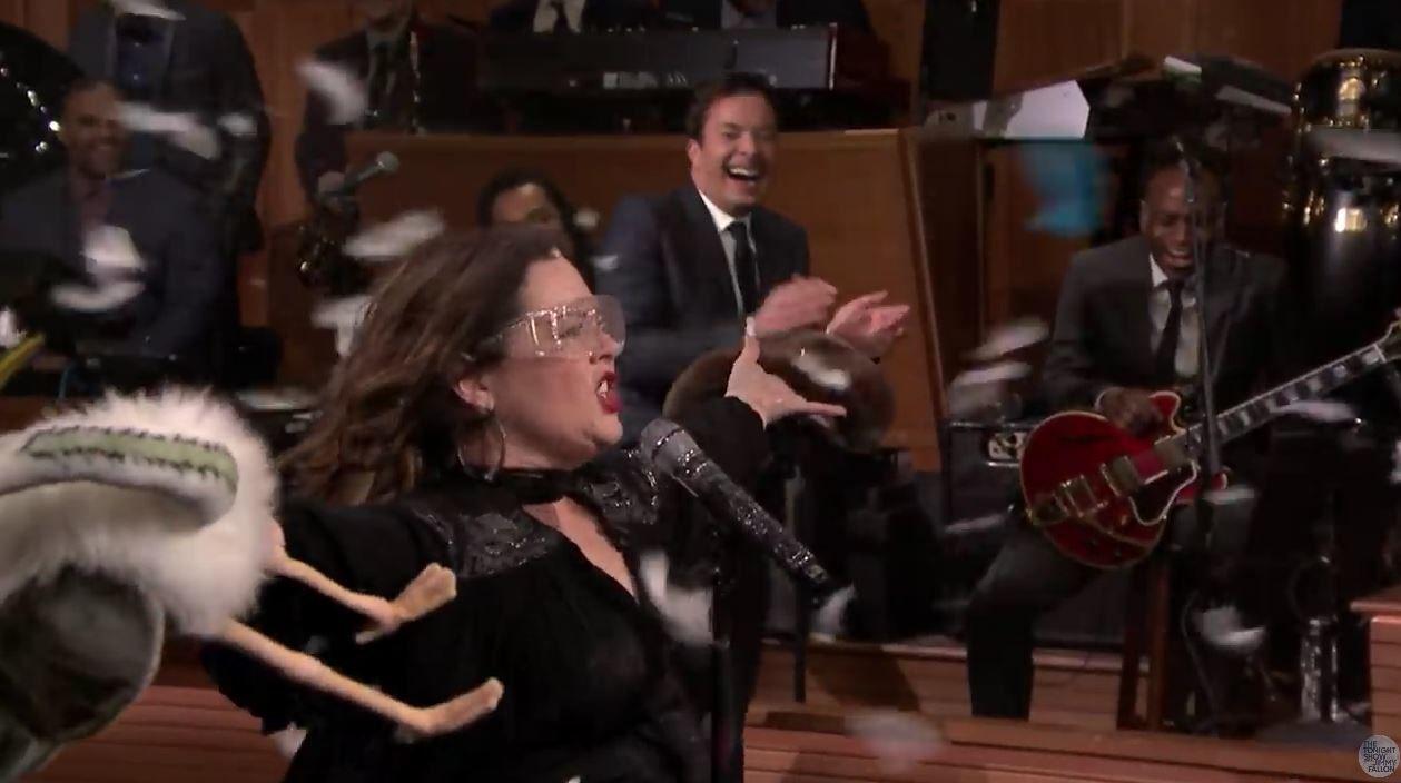 Lip Sync Battle avec Melissa McCarthy et Jimmy Fallon (Vidéo).