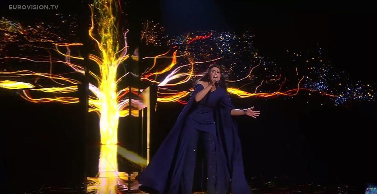 """Vainqueur de l'Eurovision : Jamala avec la chanson """"1944"""" (vidéo)"""