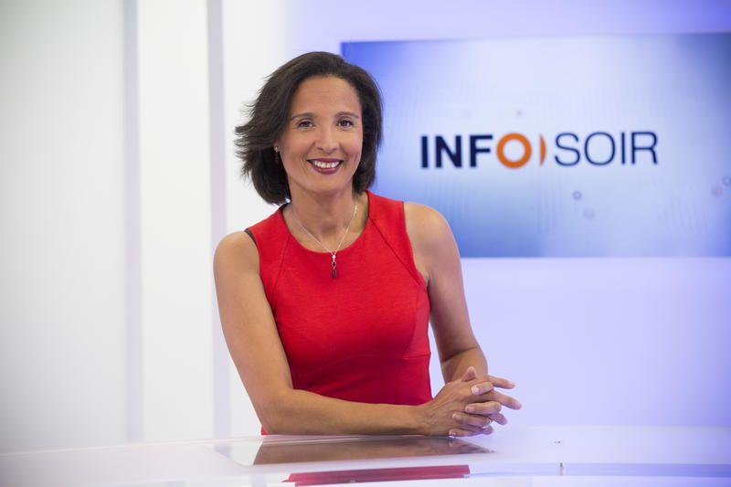 Les présentateurs des journaux télévisés de France 2 et France 3 cet été.