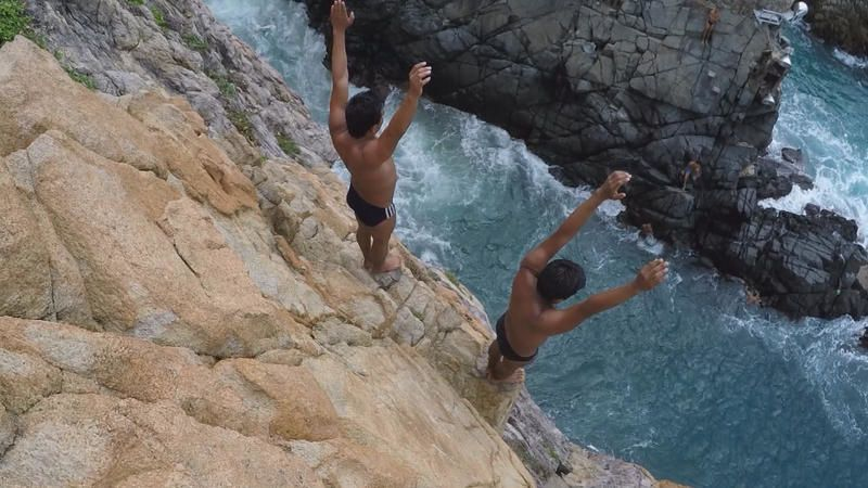 Les métiers de l'impossible ce soir sur France 5 : les plongeurs d'Acapulco.