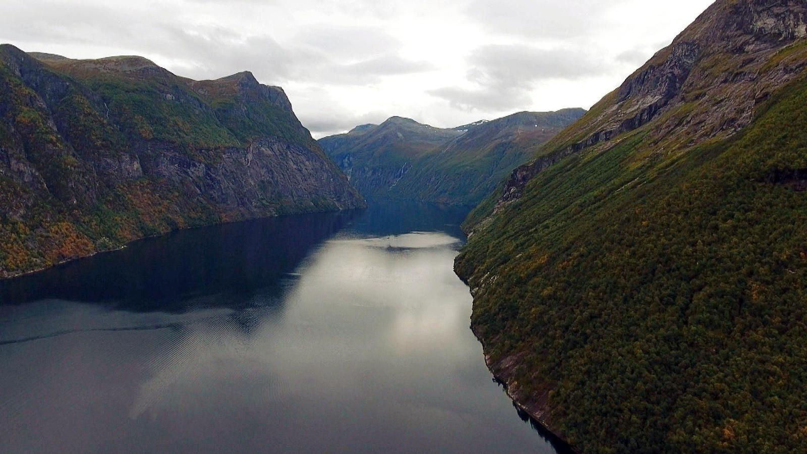 Faut pas rêver en Norvège, sur la route des fjords ce lundi soir.