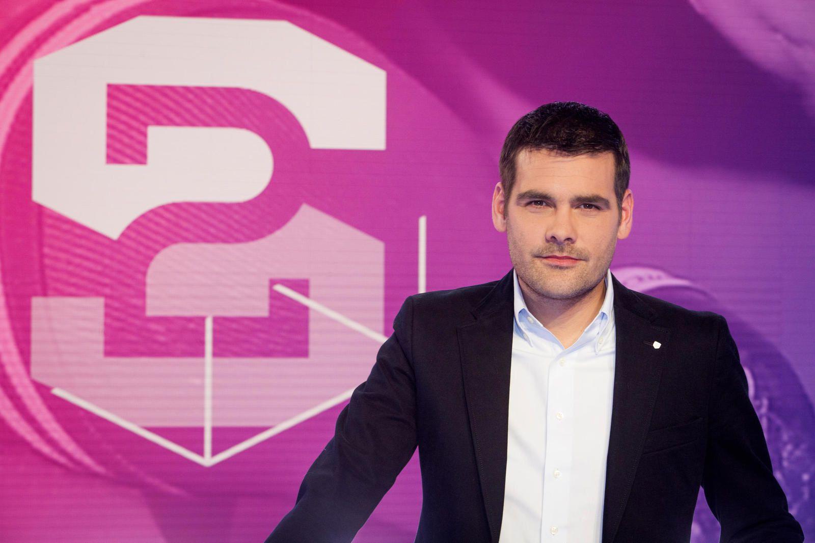 Le rugby français au bord de la crise de nerfs : enquête dans Stade 2.