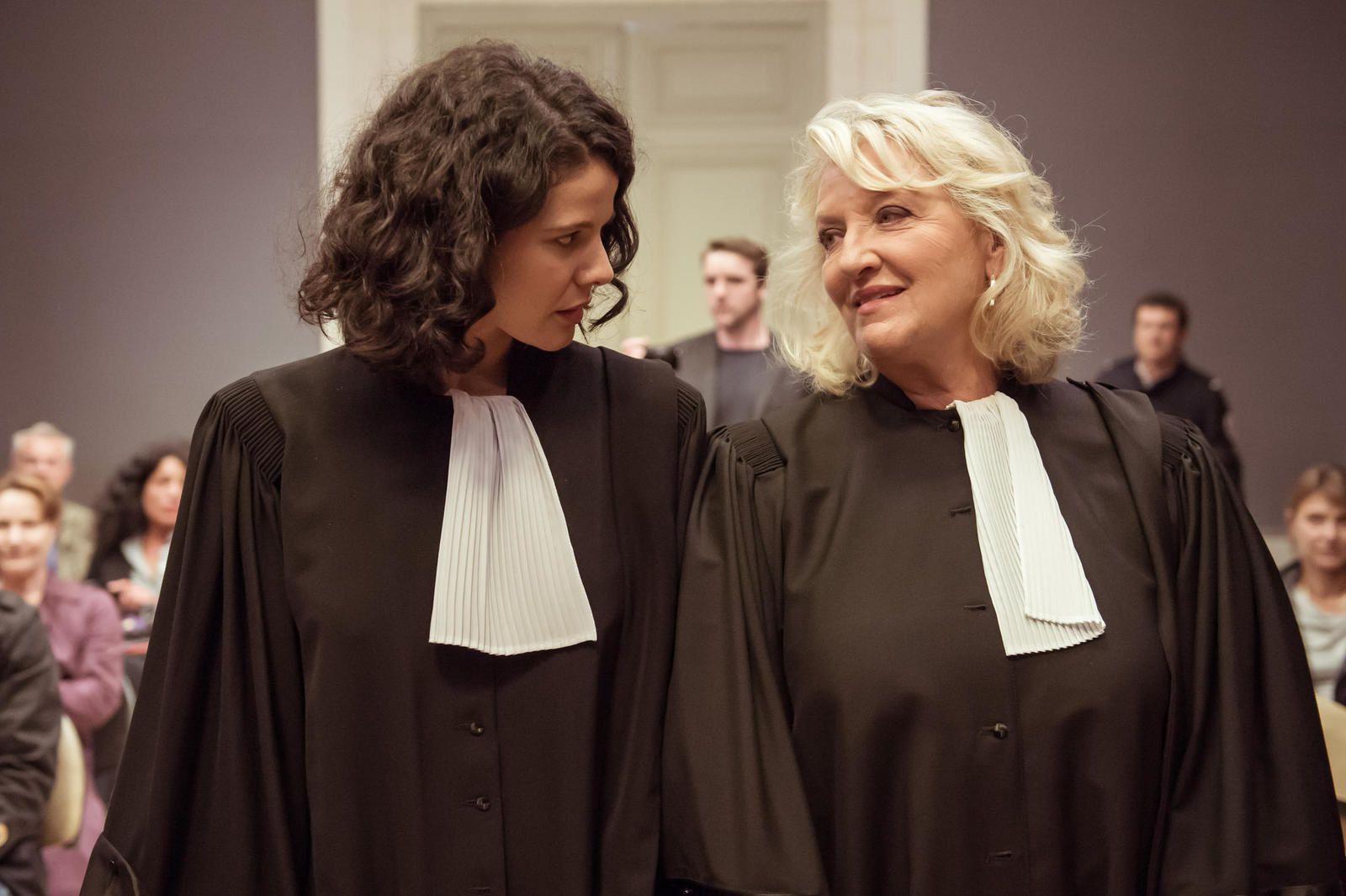 Charlotte de Turckheim dans le téléfilm inédit La loi de Valérie, ce mardi soir.