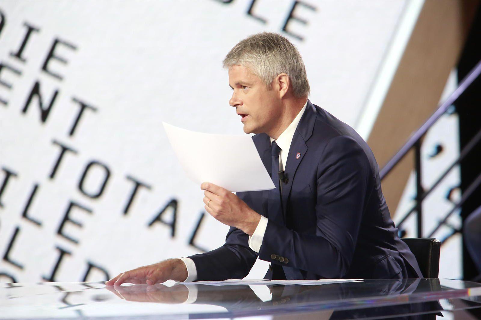 Edouard Philippe face à Laurent Wauquiez ce soir dans L'émission Politique, sur France 2.