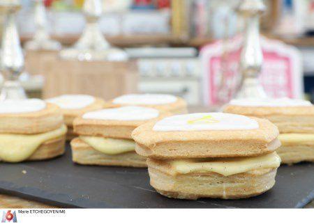 Le meilleur pâtissier ce mercredi sur M6 : réalisation de mille-feuille et gâteau à la broche.