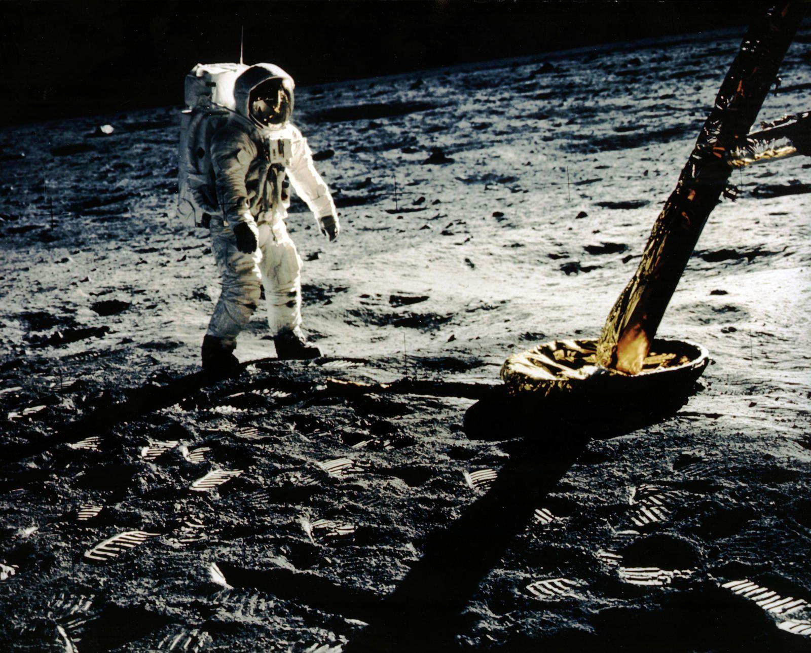 Les conquérants de l'espace, ce dimanche soir : film documentaire inédit, tout en archives.