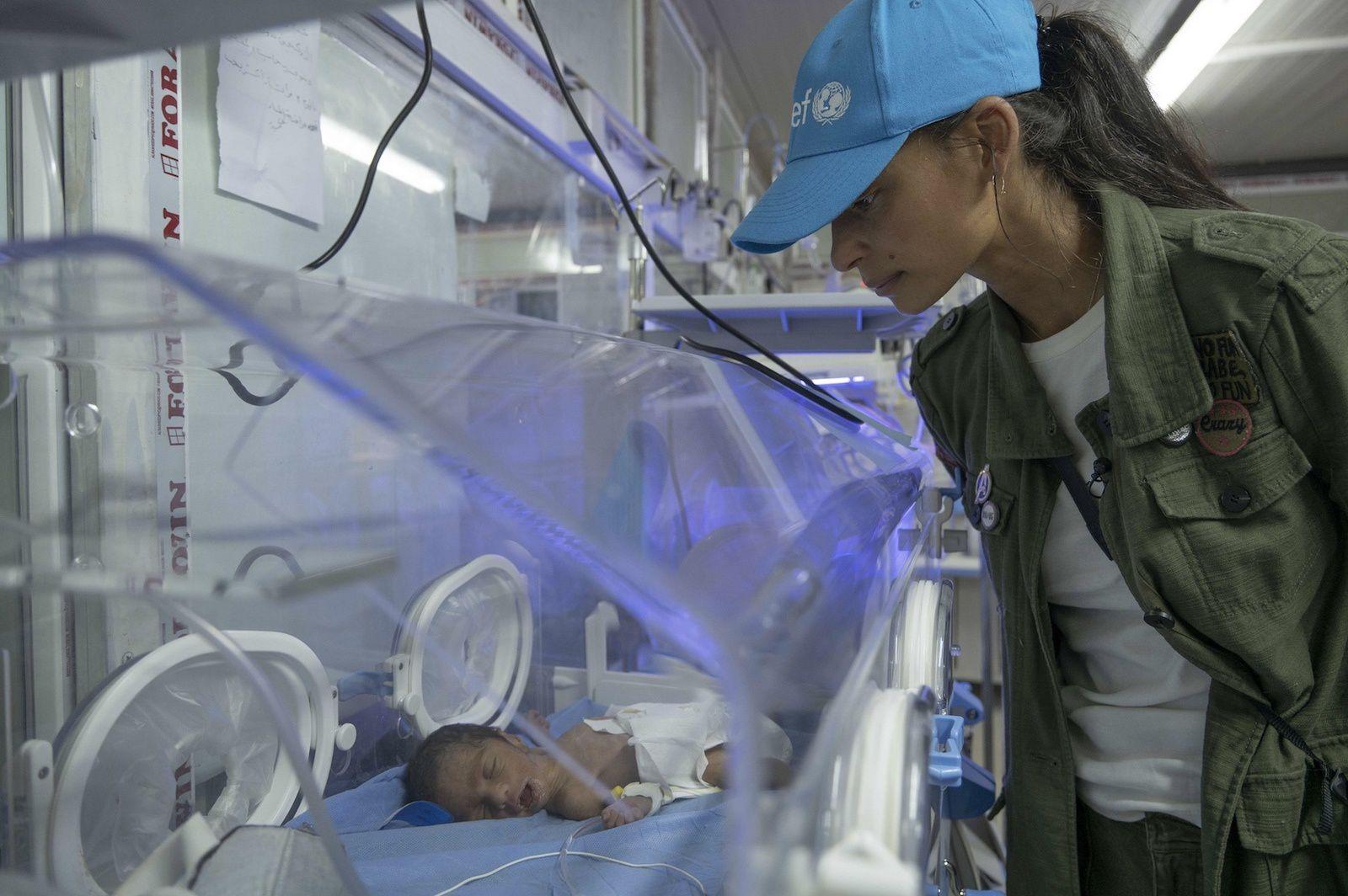 Tatiana Silva, ambassadrice d'UNICEF, de retour d'une mission humanitaire en Irak.
