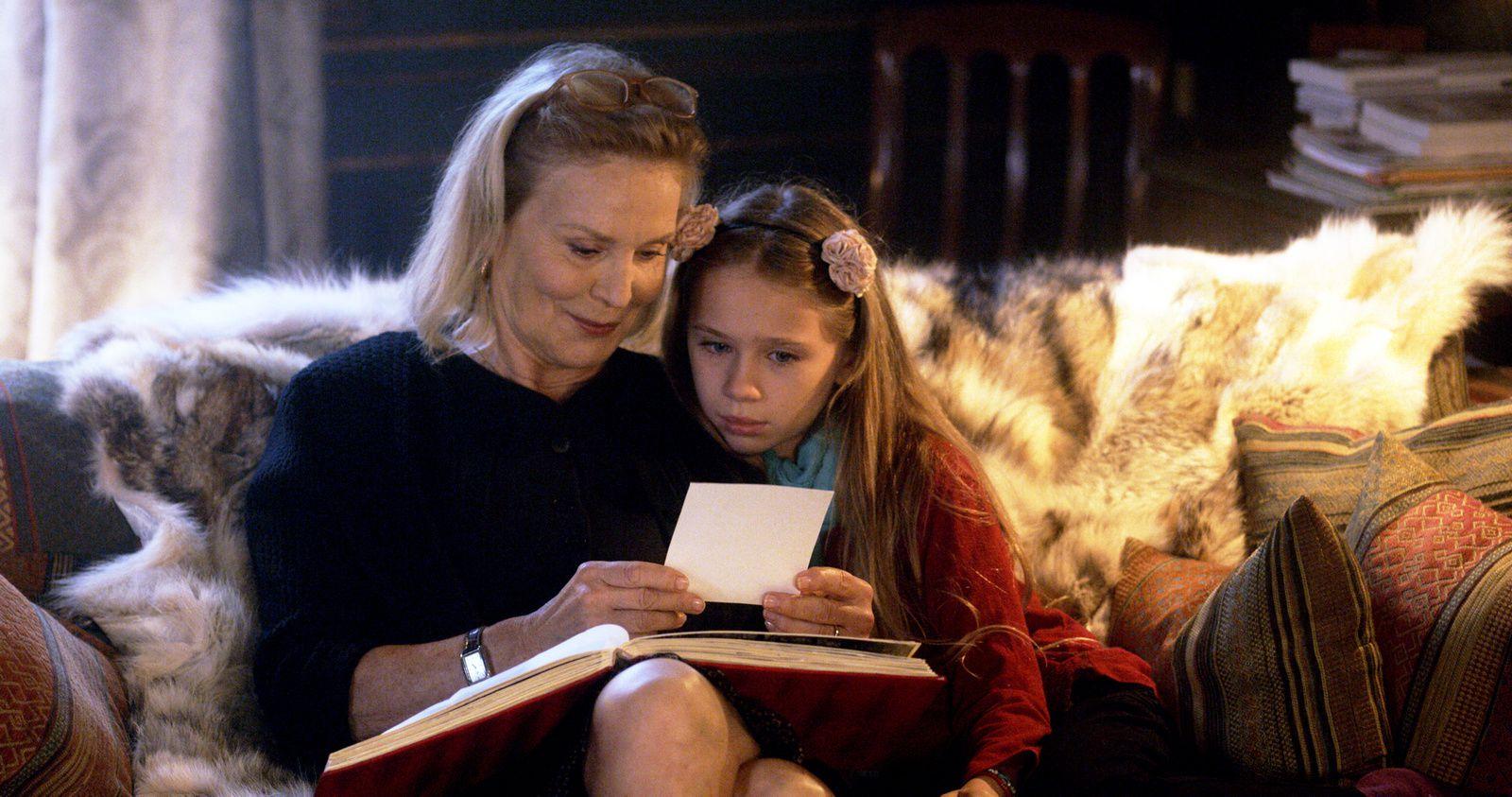 Dans les salles dès ce 25 décembre, La Sainte Famille, avec Marthe Keller, Laura Smet, Léa Drucker.