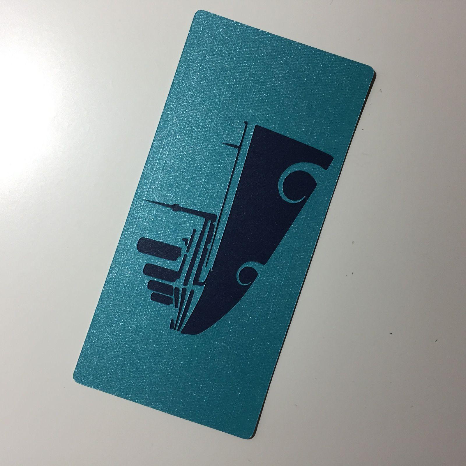 """Marque-pages """"licorne"""" et """"Titanic"""" (papiers métallisés de chez Action)"""
