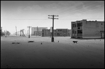 Une ville déserte.